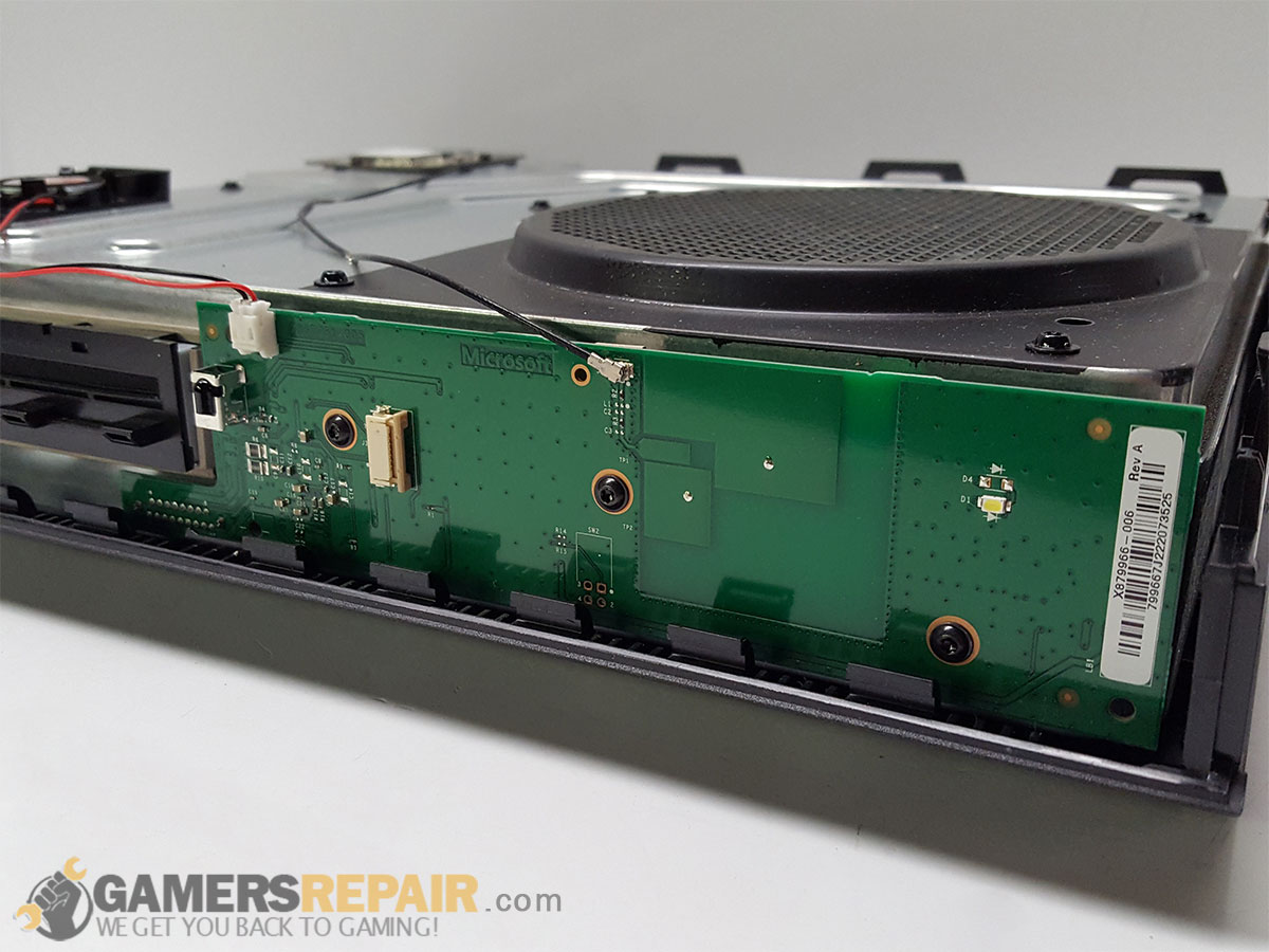 xbox-one-faceplate-board-installed-2.jpg